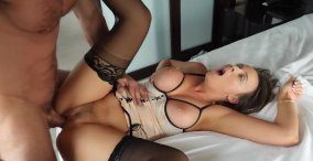 sexy-brunette-cant-cum-with-condom-on